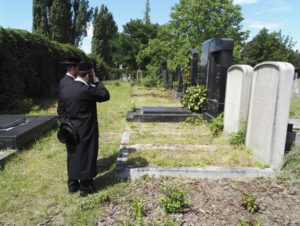Rabbis also visited the New Jewish Cemetery
